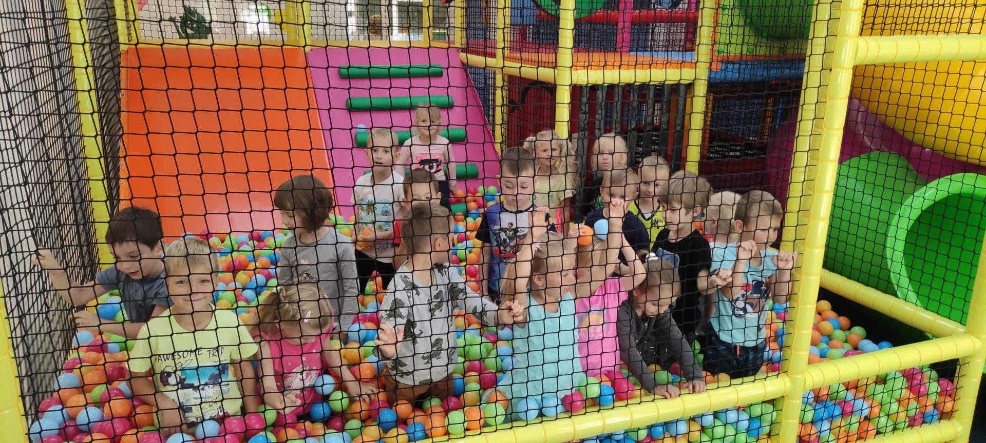 przedszkole kłodawa grupa motylki wewnętrzny plac zabaw