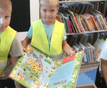 Motylki-pierwsza wycieczka do biblioteki