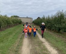 przedszkole-klodawa-grupa-sowki-wizyta-w-sadzie-8