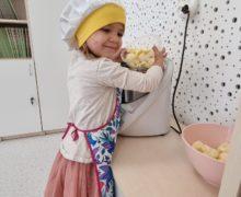 """Słoneczka – Projekt Badawczy """"Jabłko"""""""