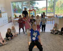 przedszkole-klodawa-grupa-sowki-dzien-chlopaka-4